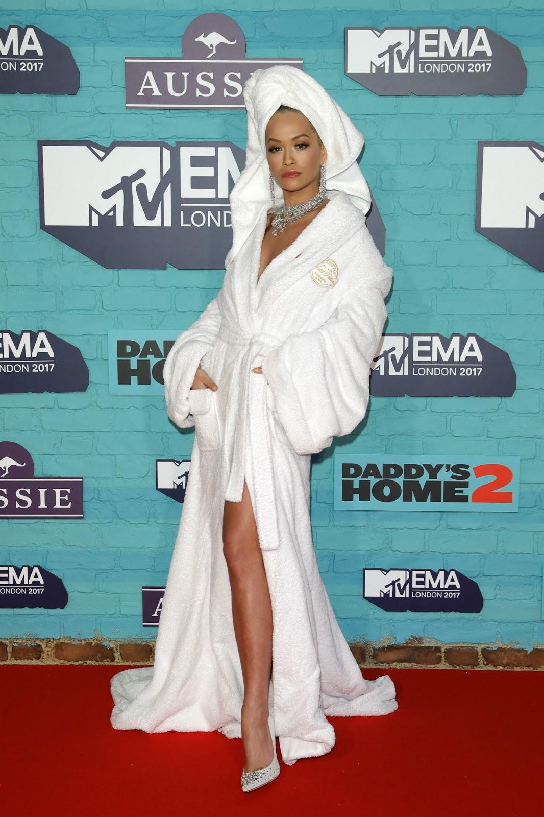 """نتيجة بحث الصور عن """" Shower Robes As Dresses """""""