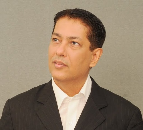 Taran Adarsh Biography, Netowrth, Lifestyle, Twitter, Instagram | Taran Adarsh Full Info 2020 |