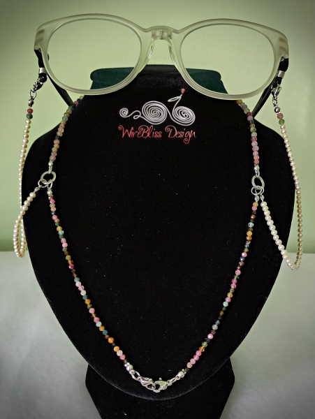 2 in 1 Tourmaline and Pearl Face Mask, Eyeglasses Strap as Necklace