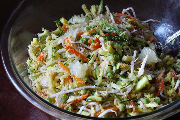 thai rice salad khao yam