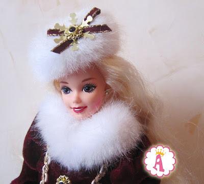 Красивая игрушка Барби с сиреневыми глазами, выпуск 1996 года в серии Happy Holidays