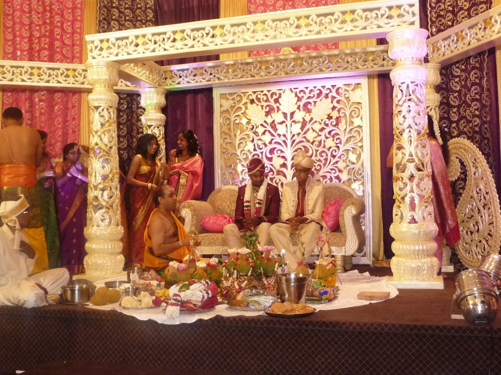 Hindu Wedding Invitations Toronto: Adventures In PEI And Beyond!: A Hindu Canadian Wedding
