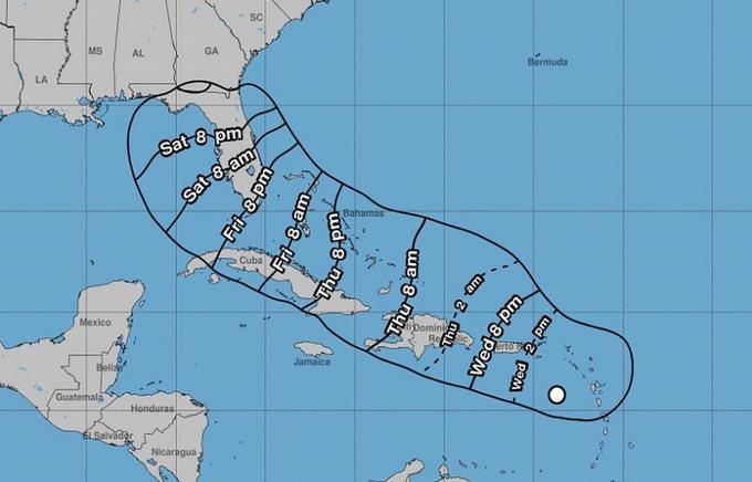 Disturbio tropical avanza con rapidez en El Caribe y presenta seria amenaza a RD