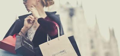Cewek suka shopping