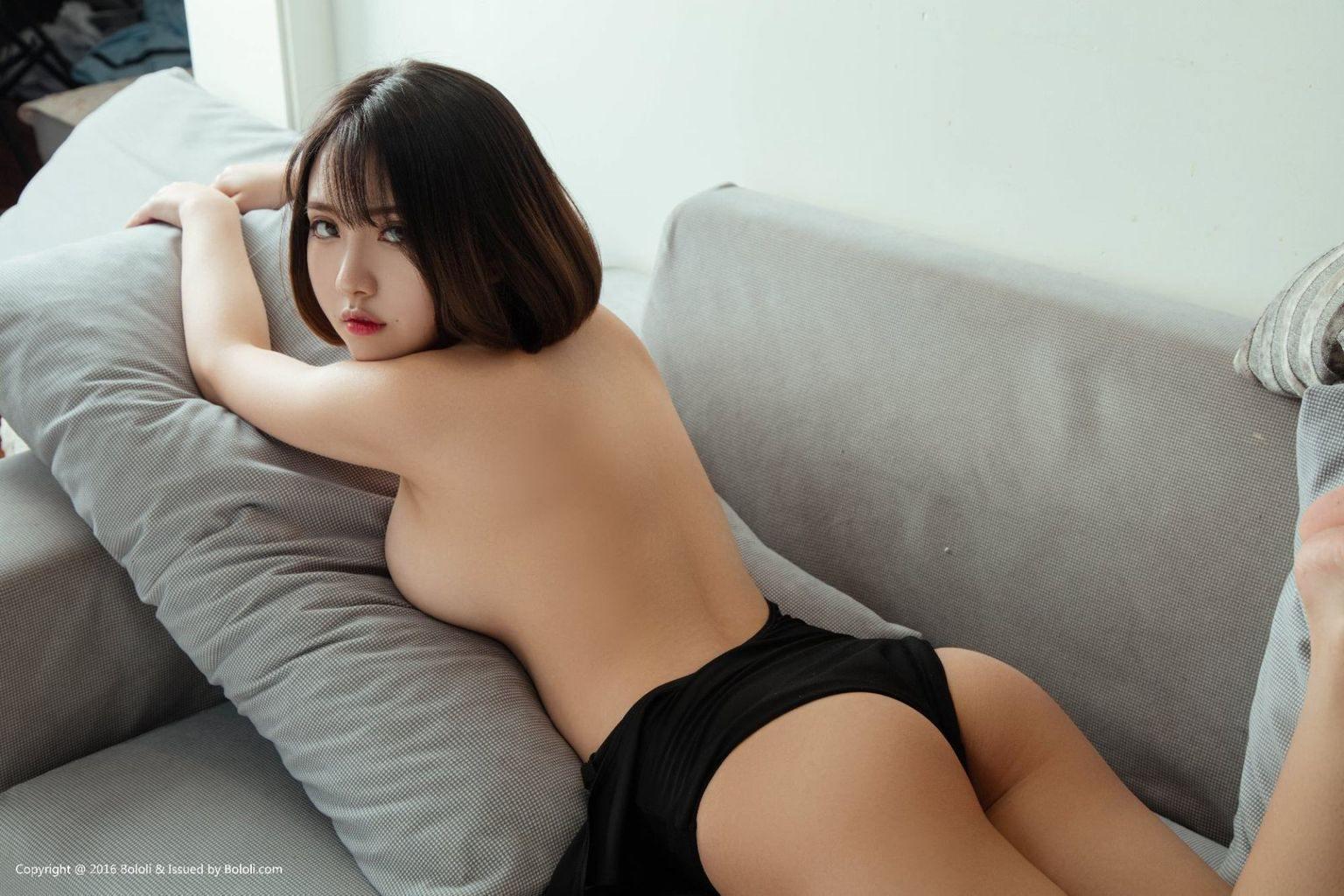 China Beautyful Girl Pic No.034    小魔女奈奈 (Xiao Mo Nu Nai Nai)