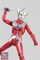 S.H. Figuarts Ultraman Taro 31