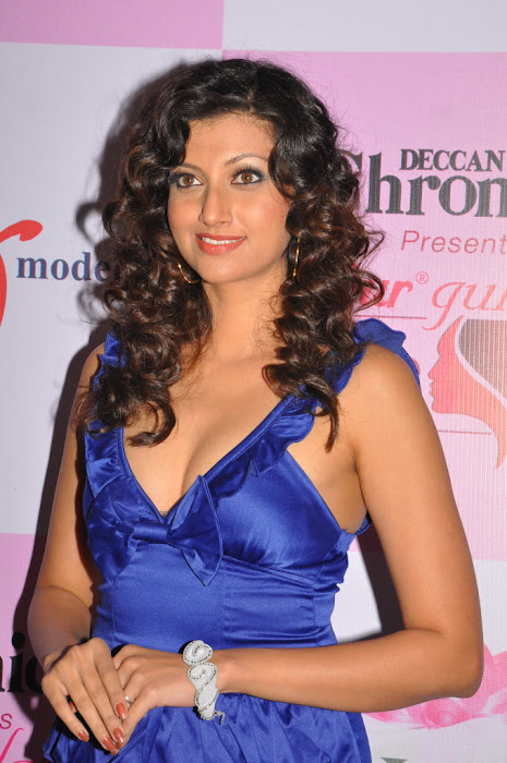 hamsa nandini @ dgmrg 2011 hot photoshoot