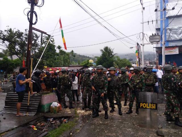 1 Peleton Satgas Yonif Raider 509 Kostrad Amankan Kota Abepura