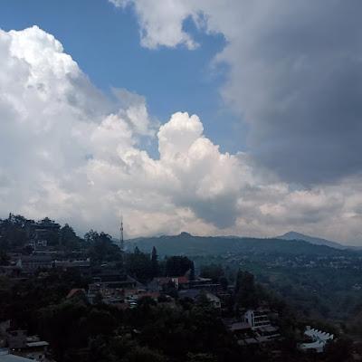 awan di rooftop mercusuar