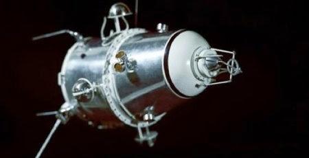 Il modulo satellitare della sonda Luna 10.