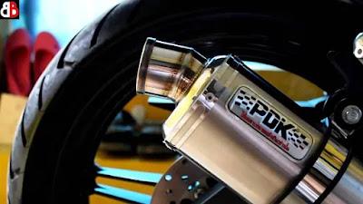 Knalpot racing sering kali menjadi incaran para modifikator untuk merombak motor kesayang Daftar Harga Knalpot PDK Murah, Terbaik dan Terbaru
