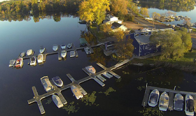 Which Pontoon Boat Dealer Should I Buy From and Why?