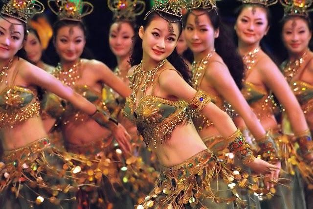 Danseuses chinoises. Photographie par Andri Ratman (cc)