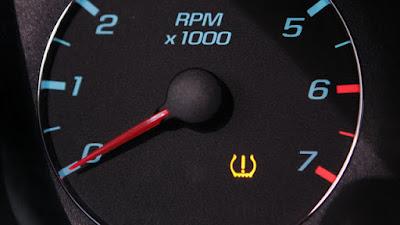 Đèn báo áp suất lốp trên một số dòng xe