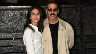 Akshay Kumar and Vaani Kapoor at airport returning home after complete shoot of 'Bell Bottom'