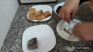مربعات الشوكولا و جوز الهند