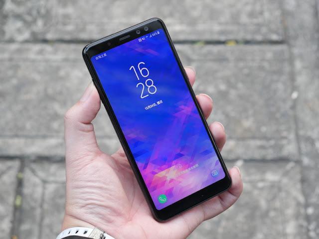 Samsung Galaxy A8 2018 首款前置雙鏡頭 超大全平面螢幕手機