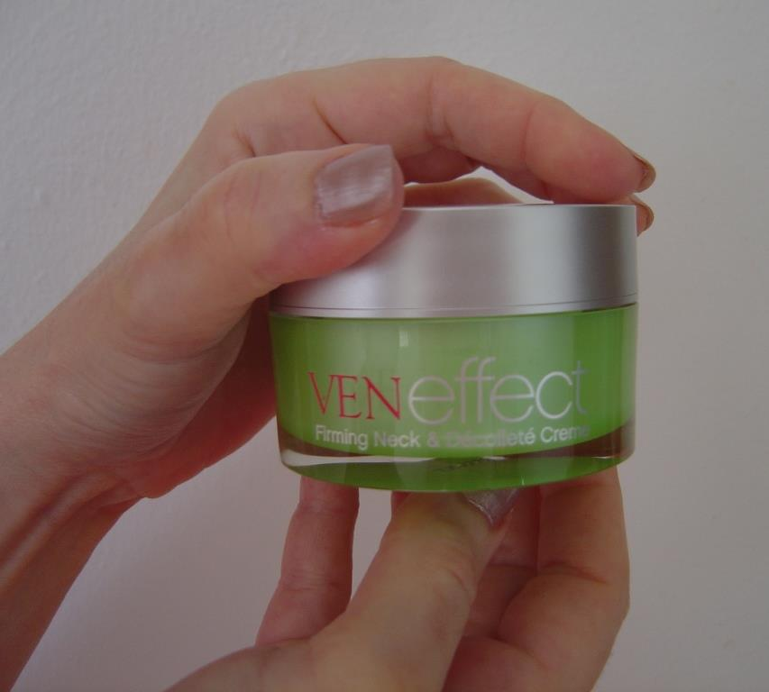VENeffect Firming Neck and Décolleté Creme.jpeg