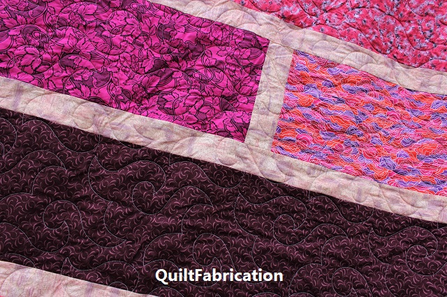 Paradise 4 quilt Happy Times pantograph quilting