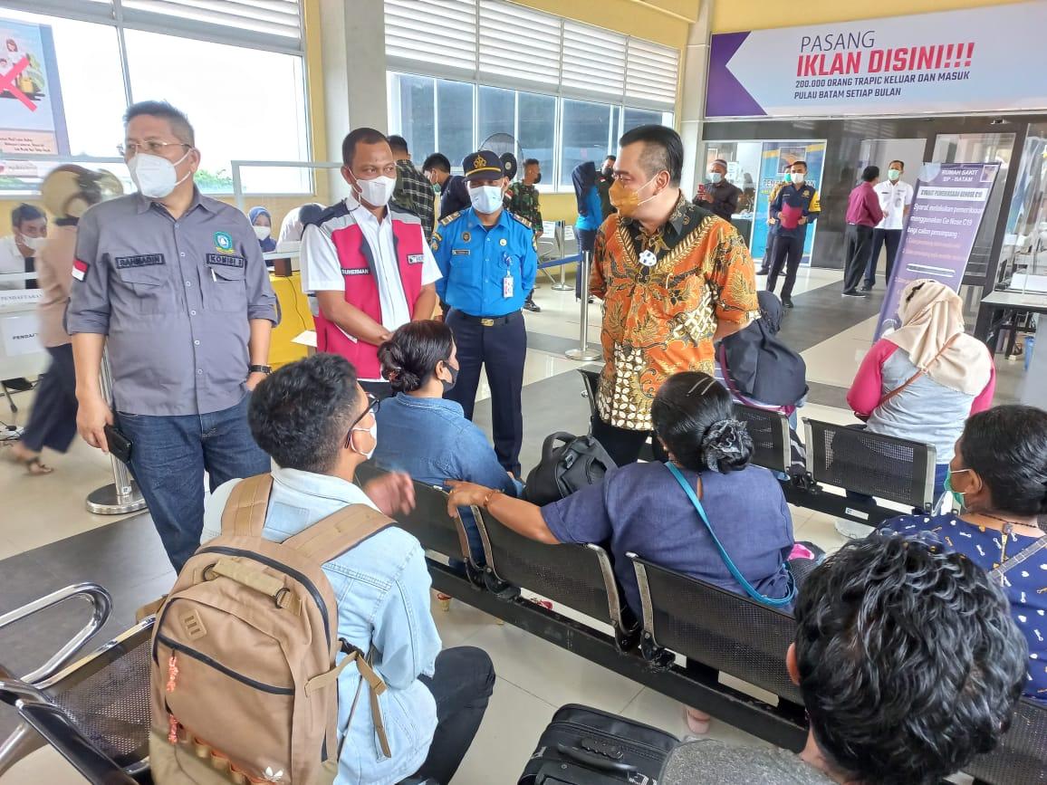 Komisi III DPRD Kepri Sidak di Pelabuhan Domestik Telaga Punggur dan Pelabuhan ASDP Terkait Penerapan Genose C19