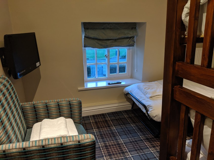 The King's Head Inn Pub near Roseberry Topping - kids bedroom family suite