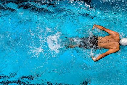 Sebelum Berenang Pemanasan Dulu Dengan Cara Berikut