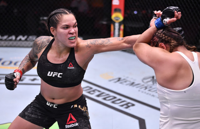 Amanda Nunes Overpowers Felicia Spencer At UFC 250