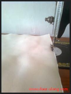 Tutorial Membuat Kerajinan Sarung Bantal Dari Kain Perca Untuk Hiasan Sofa