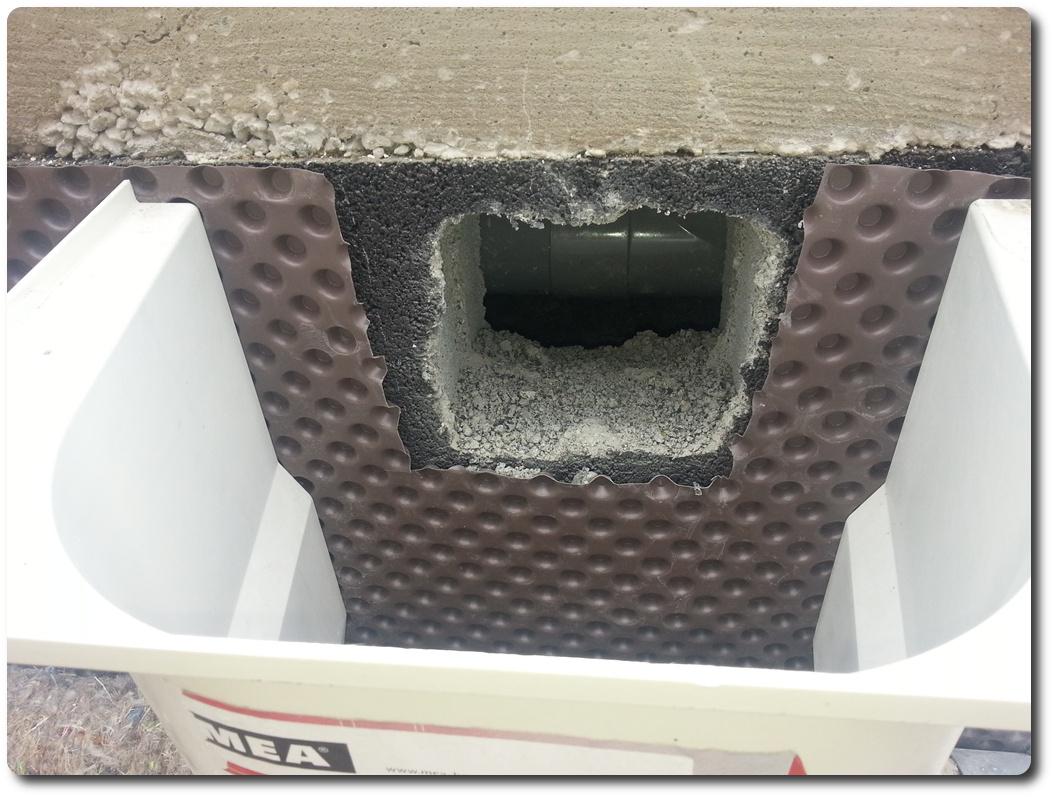 lovely grille ventilation vide sanitaire 3 20140617. Black Bedroom Furniture Sets. Home Design Ideas