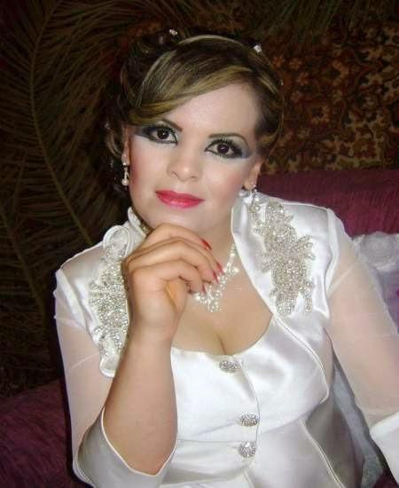 مطلقة من العراق تبحث عن زوج