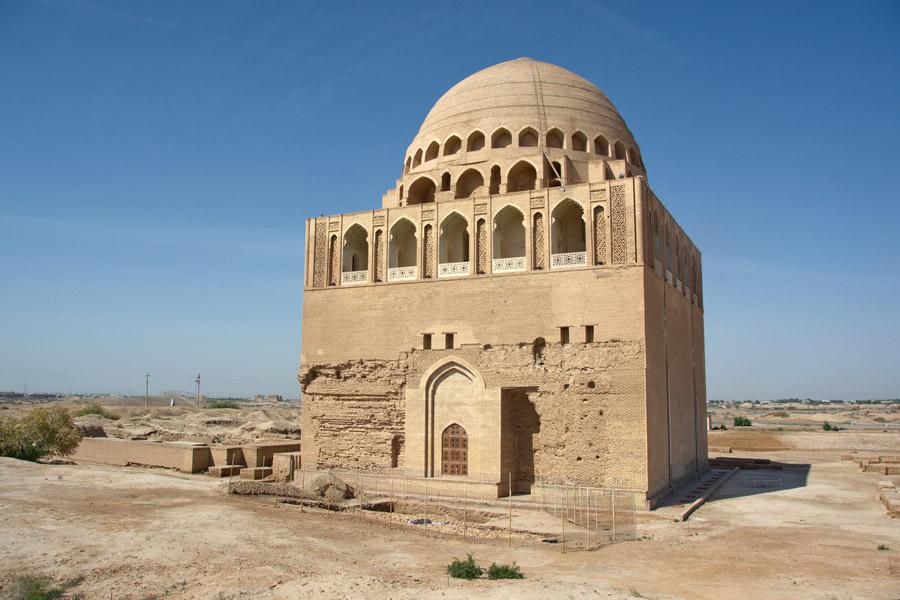 من هو السلطان أحمد سنجر ؟
