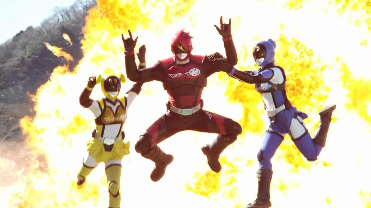 Hikounin sentai akibaranger episode 9 / The football players