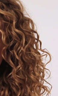peinar los cabello rizados