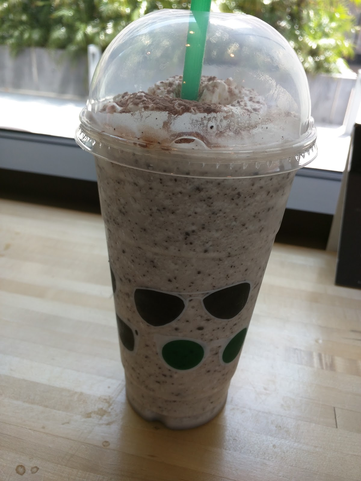 Venti Crème Frappuccino®, Skim Milk, 1 Pump Toffee Nut, Java Chips, Light  Marshmallow Whipped Cream.