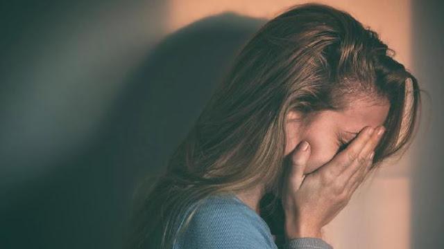 विदेशी महिला से रेप मामले में 2 पुलिसकर्मी के खिलाफ केस दर्ज - newsonfloor.com
