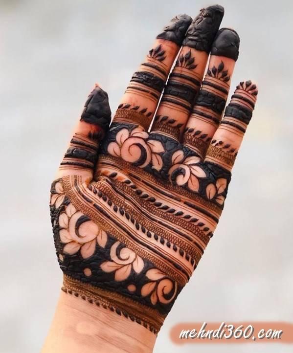 Strip Style Mehndi Design Front Hand