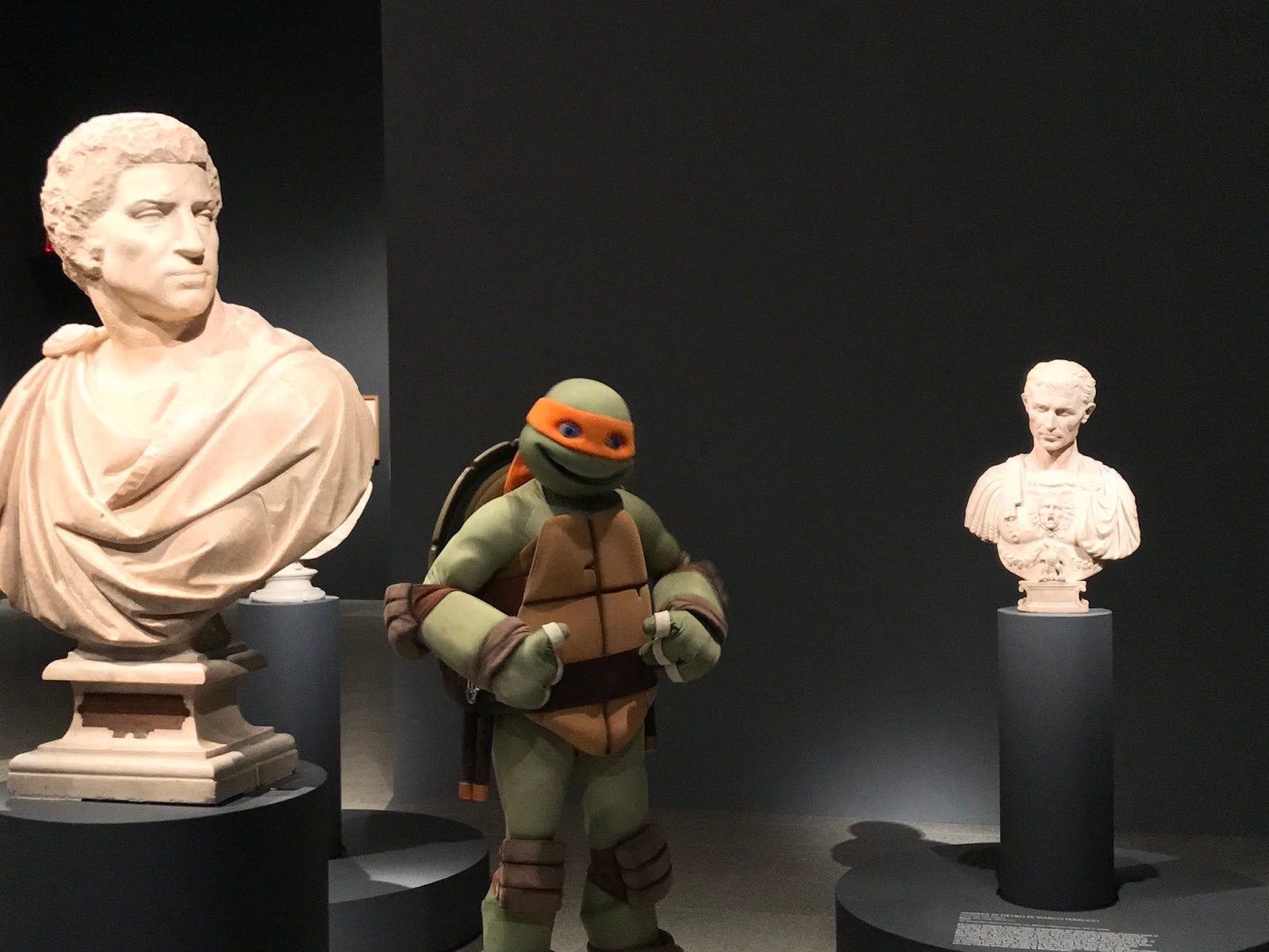 Nickalive tmnt 39 s mikey goes to the michelangelo exhibit for Metropolitan museum of art exhibitions