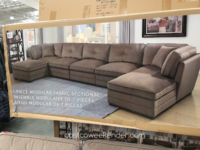 Costco 735123 - Relax in comfort on the Bainbridge 7-piece Modular Fabric Sectional