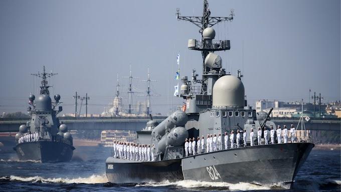 Orosz hadihajók tartanak hadgyakorlatot a Fekete-tengeren