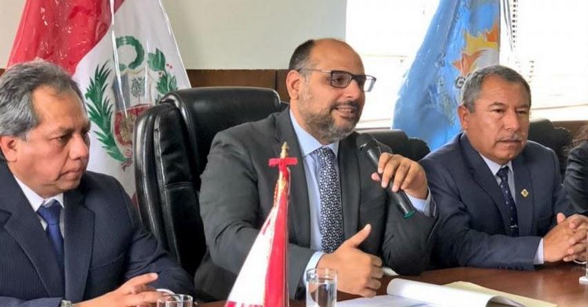 MINEDU: Ministro Alfaro evaluó avances en la lucha contra la violencia escolar en Arequipa - www.minedu.gob.pe