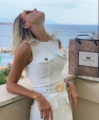 Francesca Fialdini foto da modella conduttrice TV bionda