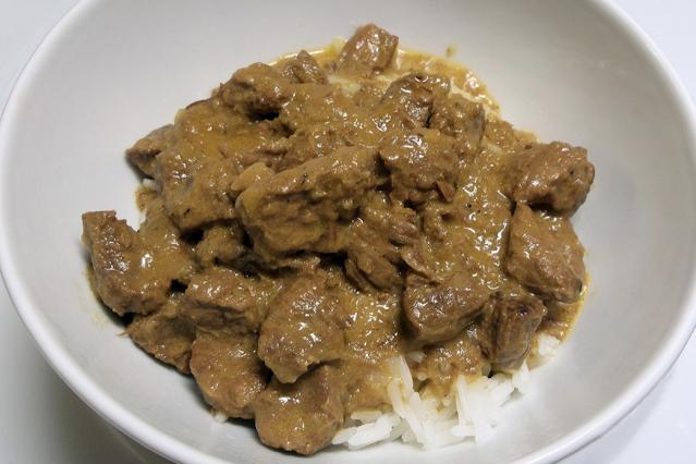 beef stroganoff dish