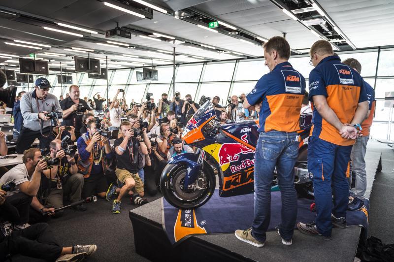 Inilah beberapa alasan yang akan membuat MotoGP musim 2017 menjadi lebih menarik