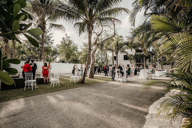 Guests socializing at cocktail hour The Manor on St Lucie Crescent Wedding captured by Stuart Wedding Photographer Heather Houghton Photography