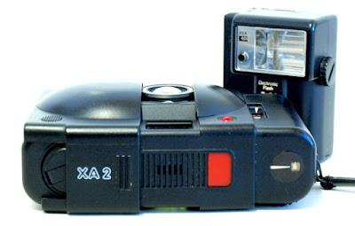 Olympus XA2, A11 Flash, Top