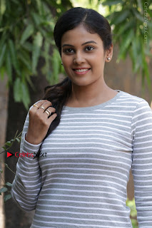 Tamil Actress Chandini Tamilarasan Latest Pos in Ripped Jeansat Ennodu Vilayadu Press Meet  0005.jpg