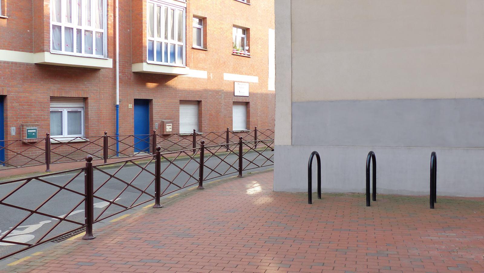 Arceaux stationnement 2 roues, Rue des Anges, Tourcoing