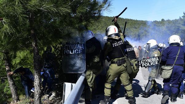 Μυτιλήνη: Μήνυση σε βάρος των αστυνομικών από 19 δικηγόρους