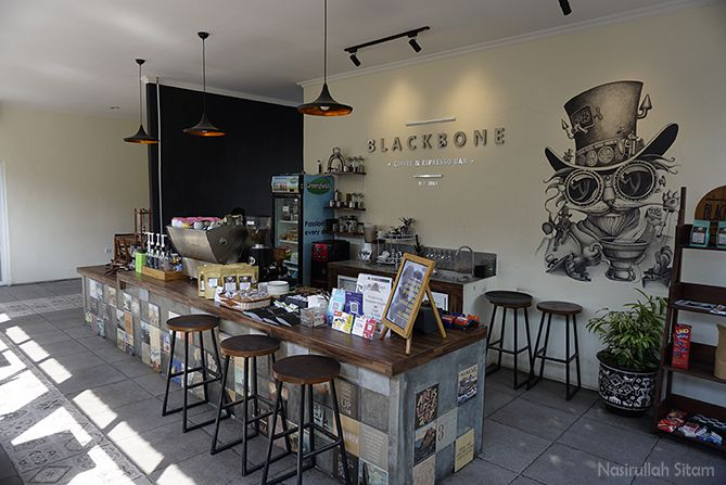 Meja barista Blackbone Coffee