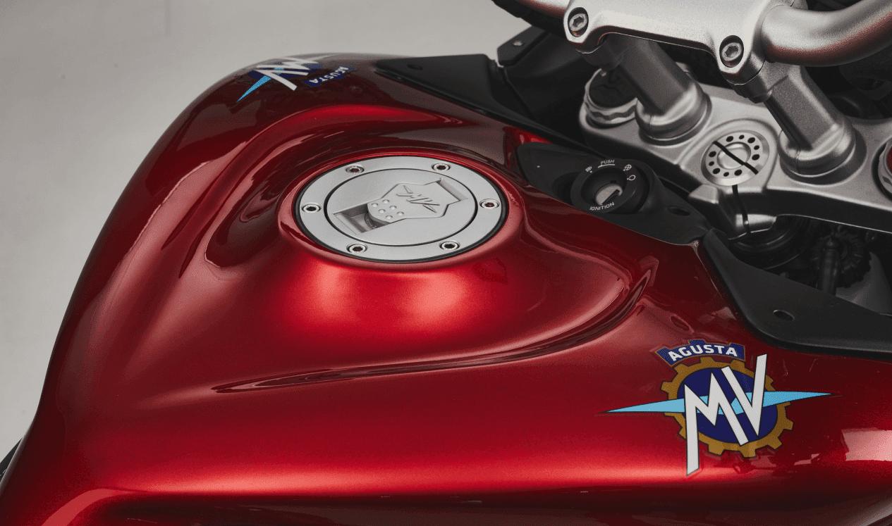 MV Agusta resmi merilis Turismo Veloce Lusso SCS 2021 !